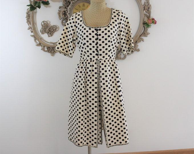 Oscar de la Renta Boutique Dress in size 14 Black and White Polka Dot Print.  Black and White Polka Dot Short Sleeve Designer Dress