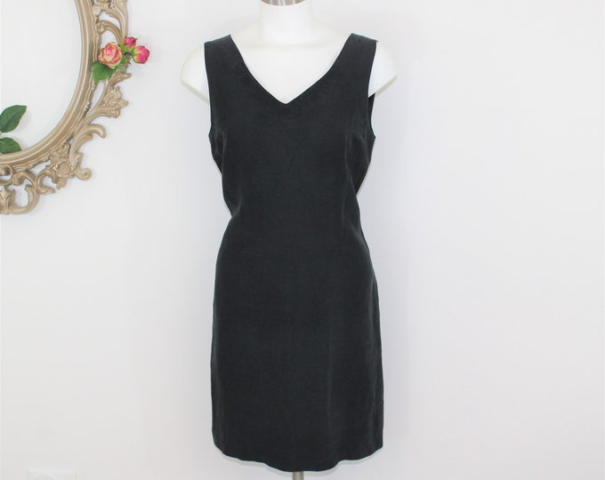 Tommy Bahama Black Sleeveless Summer Dress Size 8 Silk and Linen Blend with embroidered neck detail.