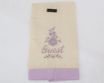 Vintage Linen Embroidered GUEST Towel.  Linen Guest Towel in Beige and Lavender.  Guest fingertip towel.  Guest Tea Towel