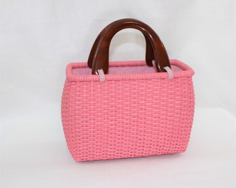 Pink Wicker Bag or Purse with Wooden Handles.  Summer Woven Handbag or Purse.