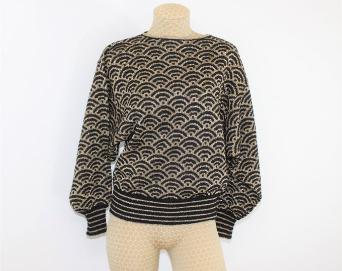 Black and Metallic Gold Sweater by Adrienne Vittadini  Size M. Vintage 1980's sparkly top with dolman sleeves size Medium.