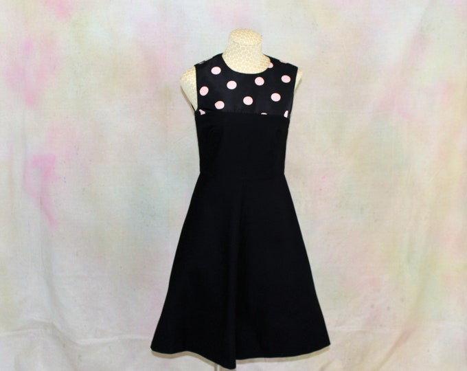 RED VALENTINO Dress  Black with Pink Polka Dots  Sleeveless  Made in Italy  Designer Dress  US Size S  Euro Size 40  Measurements listed