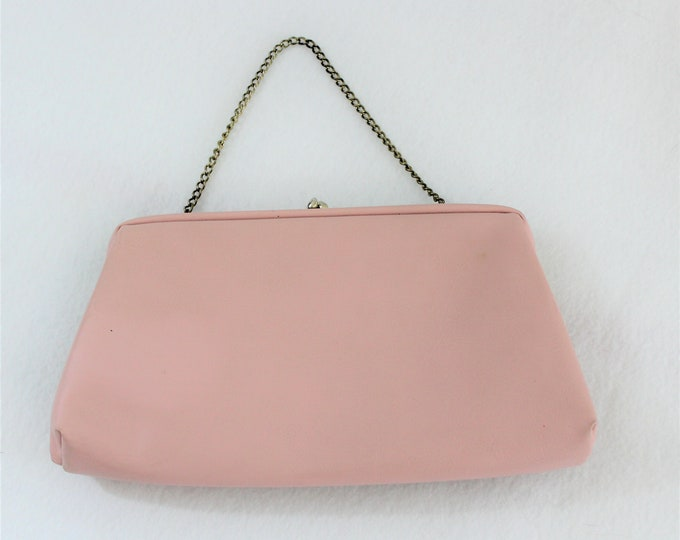 Pink Purse by HL USA Vintage 1960's.  Pretty pink vegan leather vintage evening handbag with kiss clasp.