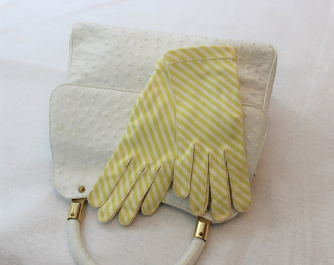 Striped wrist length gloves in yellow and white size 6 1/2 by Crescendo.  Retro Mrs. Maisel style fashion circa 1950s to 1960s