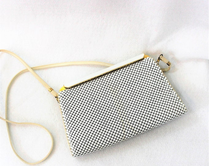 WD White metal mesh Purse with long leather shoulder strap circa 1970's. Whiting and Davis bag