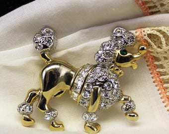 Vintage Poodle Pin Brooch.   Gold Toned Poodle Pin with Clear Rhinestones.   Adorable Poodle Dog Pin