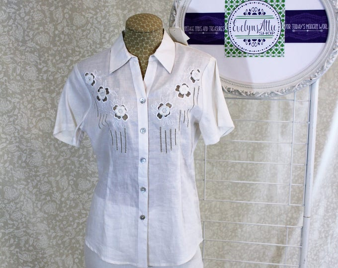 NWT White Jennifer Eden Short Sleeved Blouse with Tags  Cutouts  Floral Embellishments  Ramie Fabric  Size S  New Condition  Summer Shirt