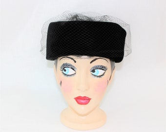 Vintage Black Pillbox Hat with Veil.  Women's Hat Formal Cocktail Hat with Sequins and Netting.  1960's Ladies Black Dress Hat