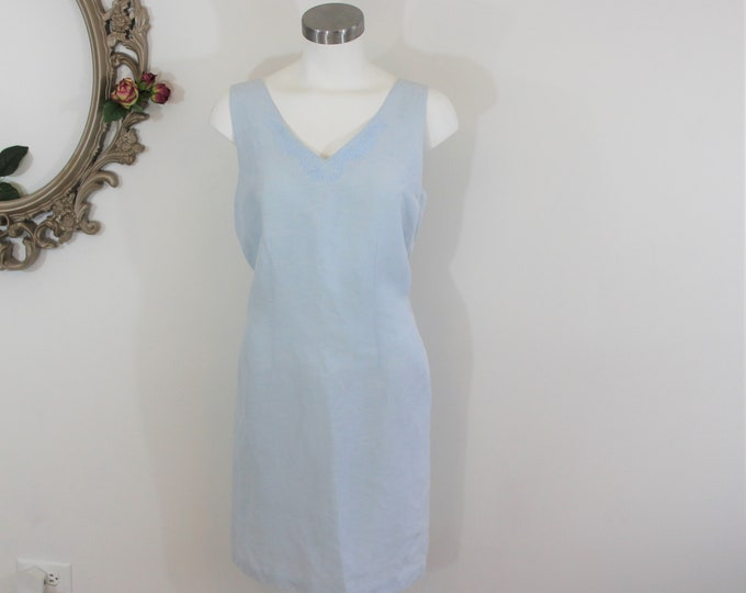 Tommy Bahama Light Blue Dress Sleeveless V-neck Size 8 in a Silk and Linen Blend.  Summer Day Vacation Beach Dress