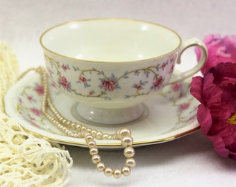 Vintage Haviland Pink and white Tea Cup and Saucer,  Johann Haviland tea cup with  Pink Roses, Haviland China Tea Cup, Bavaria Germany