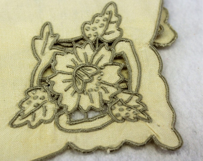 4 Elegant Cloth Napkins in Champagne color with Embroidery Cut work and Scalloped Taupe Edge.  Vintage SQUARE Fancy Cloth Napkins.