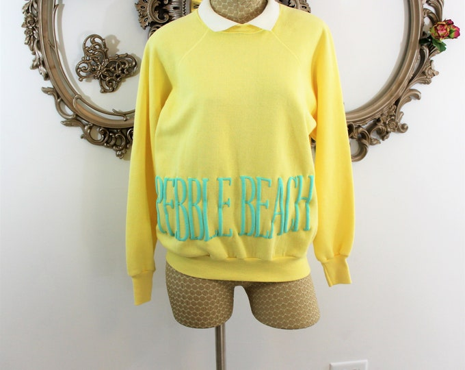 Womens Sweatshirt from Pebble Beach CC Size Large. 70's Ladies Golf Attire.