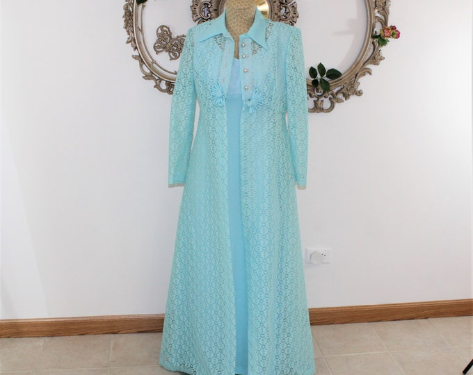 1960's Long Formal Dress with Long Matching Coat. Vintage Blue Dress and Lace Coat. Empire Waist Dress and Coat. Baby blue dress Vtg size 12