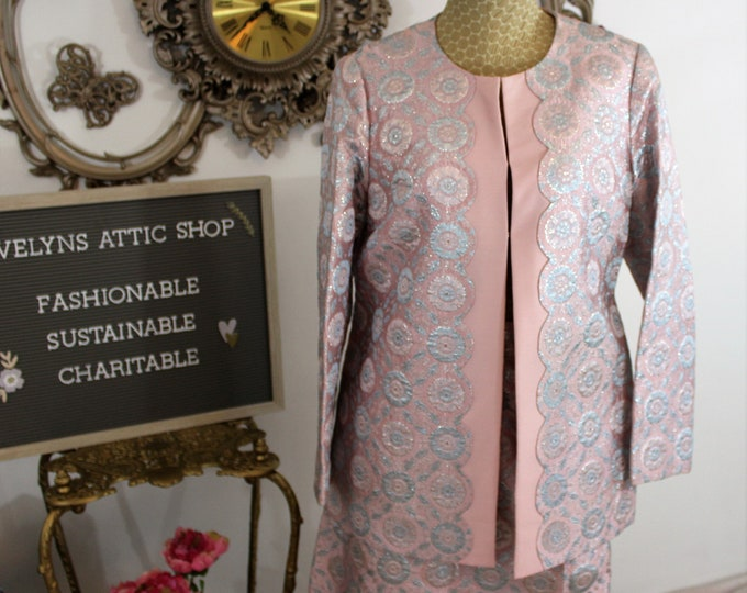 Pink and Silver Formal Suit in Metallic Brocade fabric. Wedding Suit. Hand Tailored Luxury suit from Hong Kong.