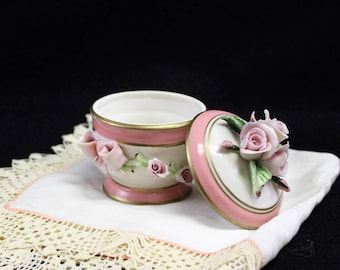 1950's Capodimonte porcelain Ring Box, jewelry container with raised porcelain roses, Made in Italy, collectible porcelain