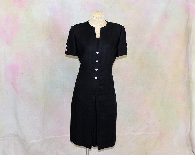 Black Linen Dress Size 8 with Crystal buttons.   Designer LBD with short sleeve dress by William Pearson for Razooks with Crystal buttons