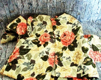 Vintage quilted bed jacket by Susan Bennett.