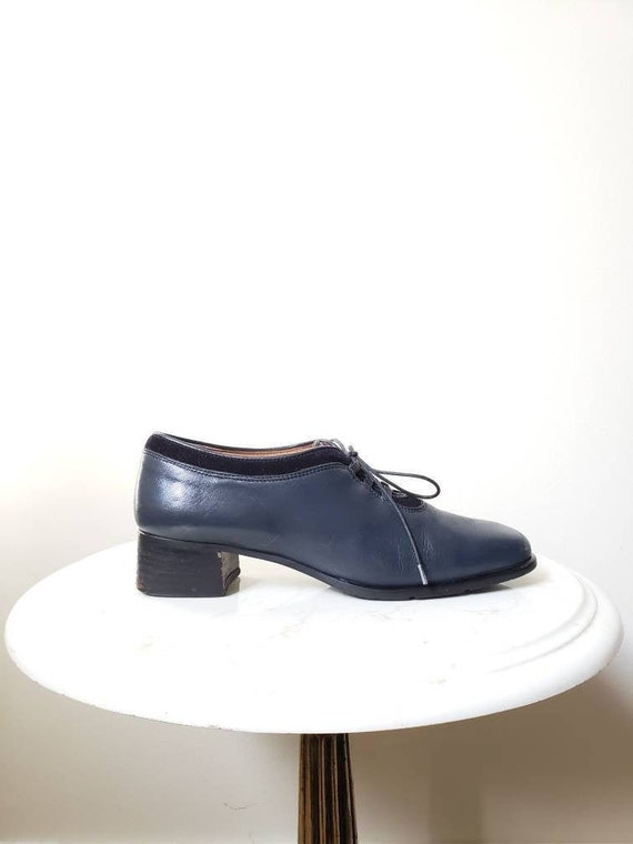 Vintage 70s lace up navy oxford shoes | 1970s leat