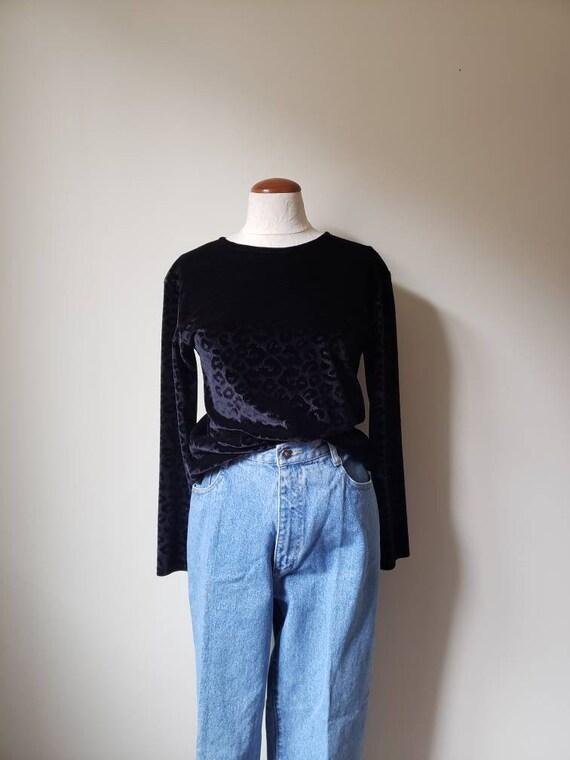 Vintage 90s fitted stretchy black velvet top | 199