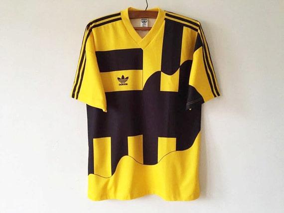 ca2bf303b Vintage Retro Adidas Yellow Striped T-Shirt Short Sleeved