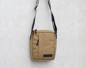 bb6a9b3b4b710 Kojote Umhängetasche Messenger Bag Sling Bag Herren Tasche Cordura Tasche