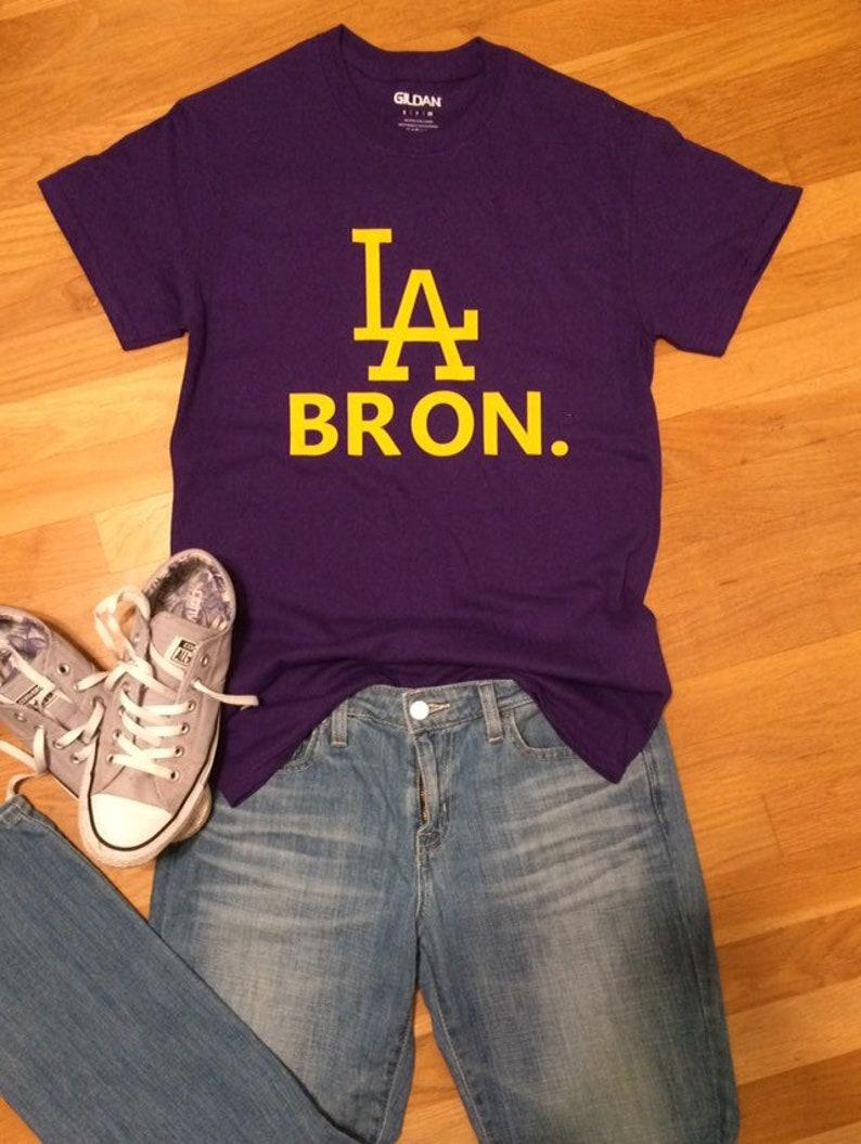 new style a36c5 18a4e LeBron James shirt, LA Lakers shirt