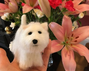 Mini needle felted model of a Westie. Dog. Dog lover gift. Miniature. Gift. Pet lover. Ornament. Handmade. Unique gift.