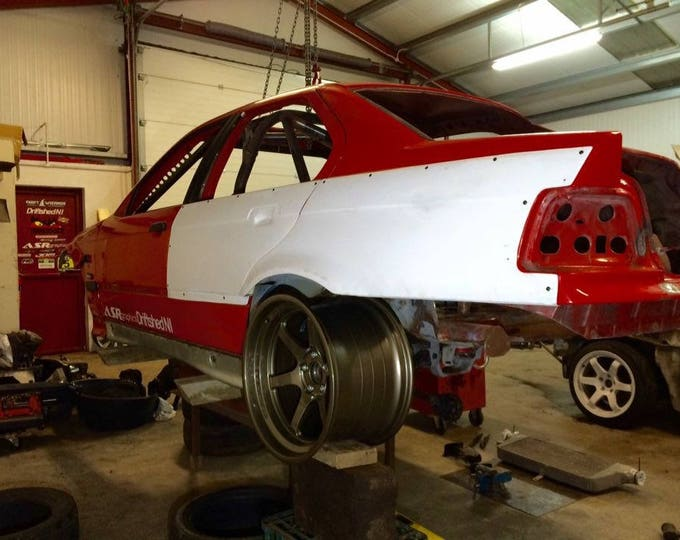 bmw e36 saloon arches wide over fenders 50mm arches wide body fibreglass