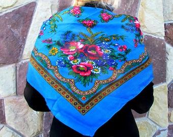60s shawl 40s 50s 60s Vintage Shawl blue floral wool shawl Boho Ethnic Scarf Roses Pattern Traditional Folk shawl Russian scarf with fringe