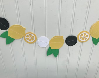 lemon banner, lemon decor, paper banner, lemon garland, lemonade stand decor, farmhouse decor, kitchen decor, photography props, party decor