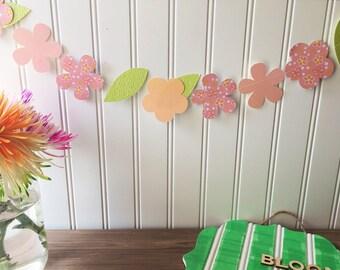 Paper flower banner, paper flower decor, flower banner, paper flower garland, spring banner, floral banner, spring decor, floral decor