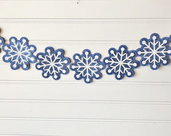 Snowflake paper banner, snowflake paper garland, winter paper decor, Christmas decor, Holiday paper banner, Easy Christmas decor, photo prop