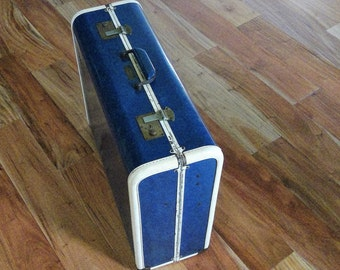 """Penneys Towncraft  21"""" Suitcase - RARE"""