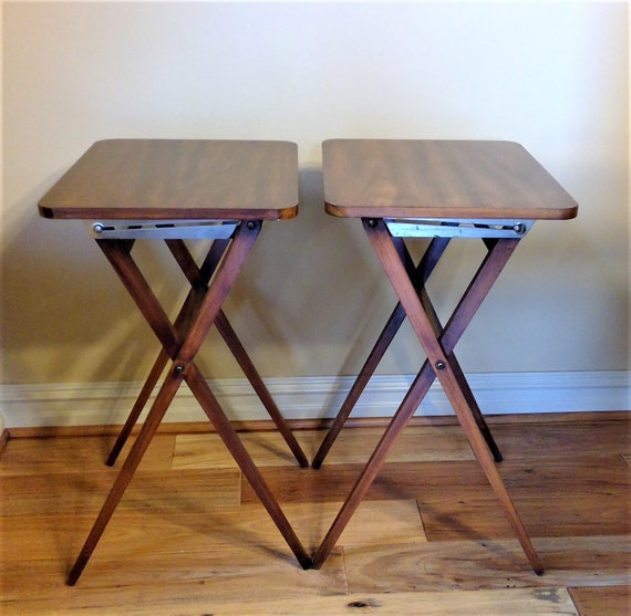 Vintage Solid Wood Genge Manufacturing Co Very Rare Snack Tables Or Tv Tray Tables