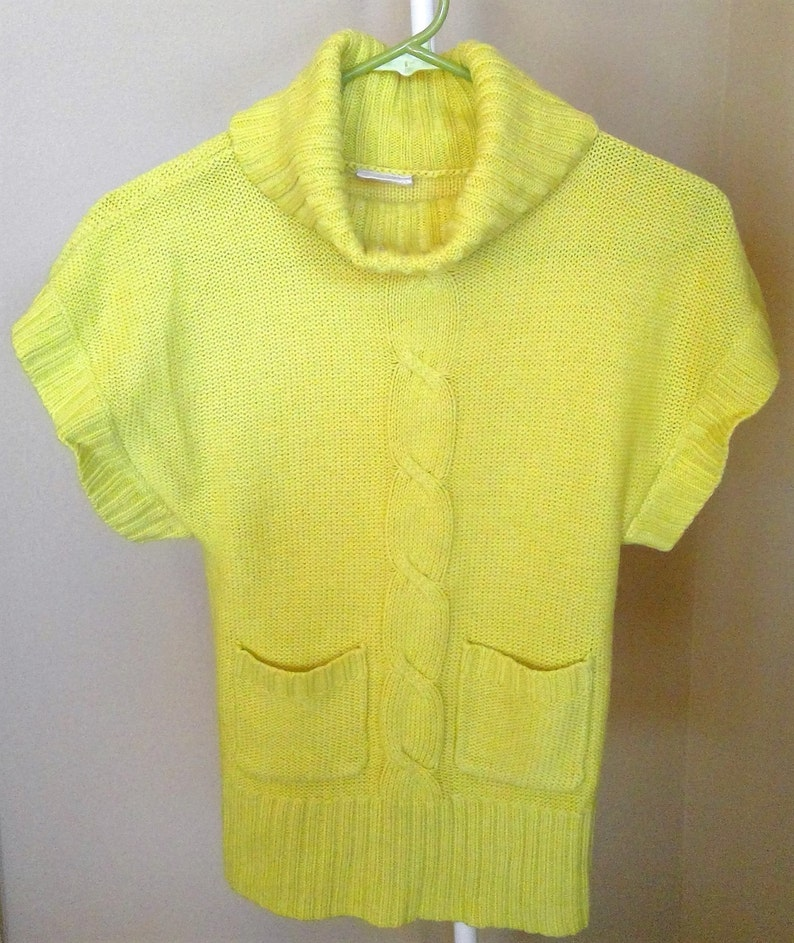 Size XS Yellow Green Knit Sweater Vest Vintage Sweater Vest 4