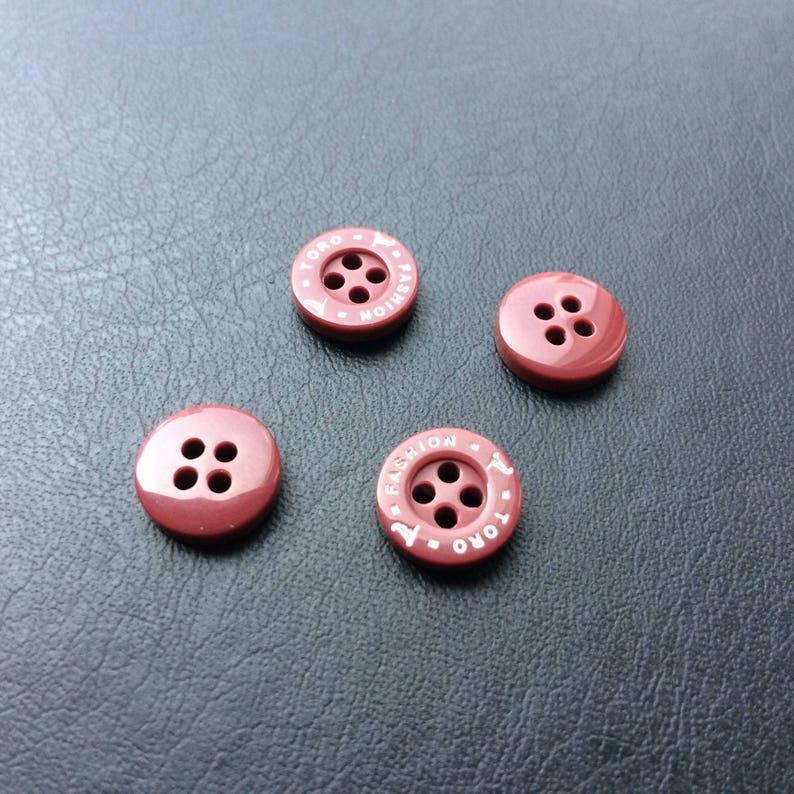Custom resin buttons, custom polyester button, custom plastic buttons
