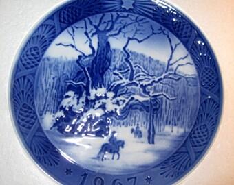 Royal Copenhagen Plate. The Royal Oak, 1967