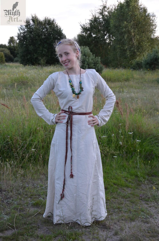 c4c1cd3903c White early medieval 100% handmade dress slavic dress viking