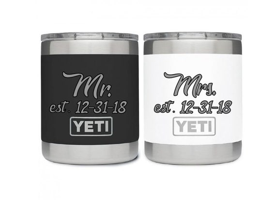 10 Ounce Lowball Bride and Groom Set