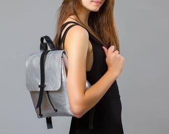 Sandori backpack handbag made of soft, fine grained, Italian leather metallic silver