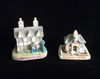 Two Vintage 1995 Lyons Tetley Ltd collectible houses