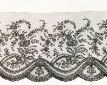 Antique 1840-1860s Silk Chantilly Bobbin Lace Black Mourning Swags Flowers Roses Flounce Victorian Edwardian Estate Museum Wide Vintage Trim