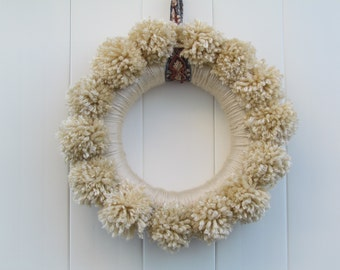 Pompom Wreath, Tan Pompoms, Retro Wreath, Yarn Wrapped Wreath, Indoor Wreath, Customizable, Anthro Inspired, Vintage Wreat