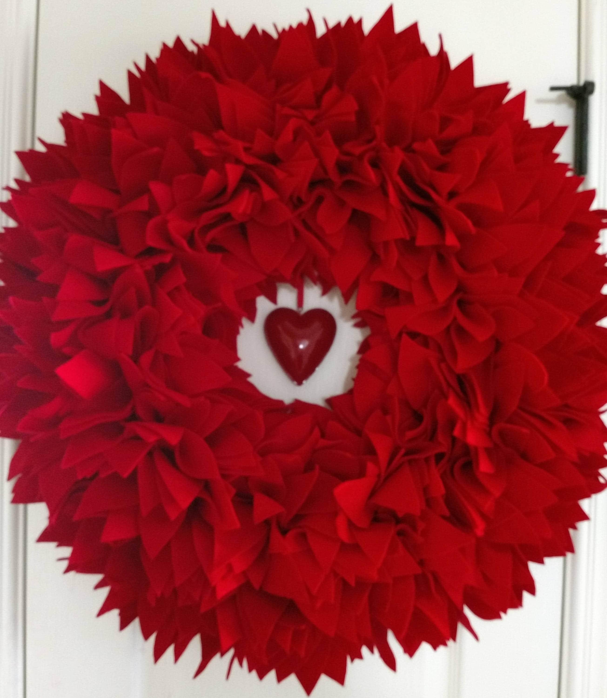 23 Inch Red Felt Wreath St Valentineu0027s