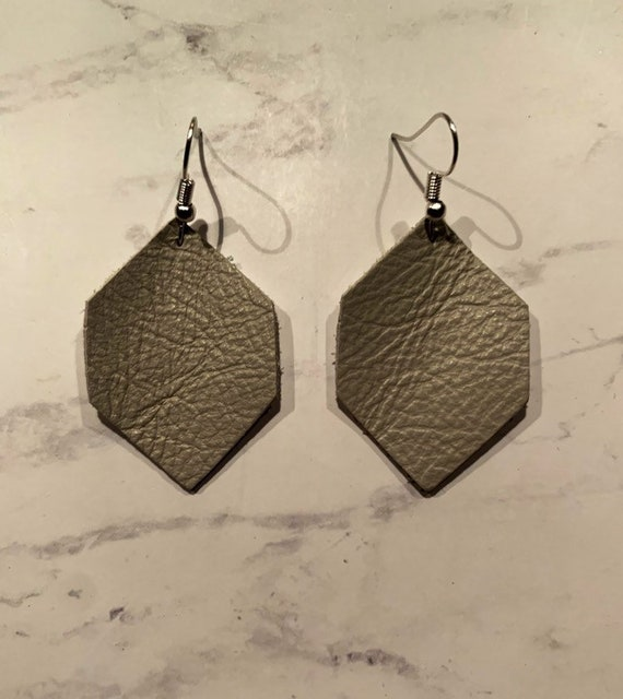 leather earrings, leather shape earrings, womens earrings, geometric earrings, handmade earrings, leather accessories