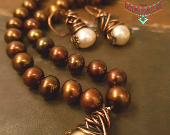 Uniquely, Lustrous, Rich Brown Pearls Necklace Set Pendant.