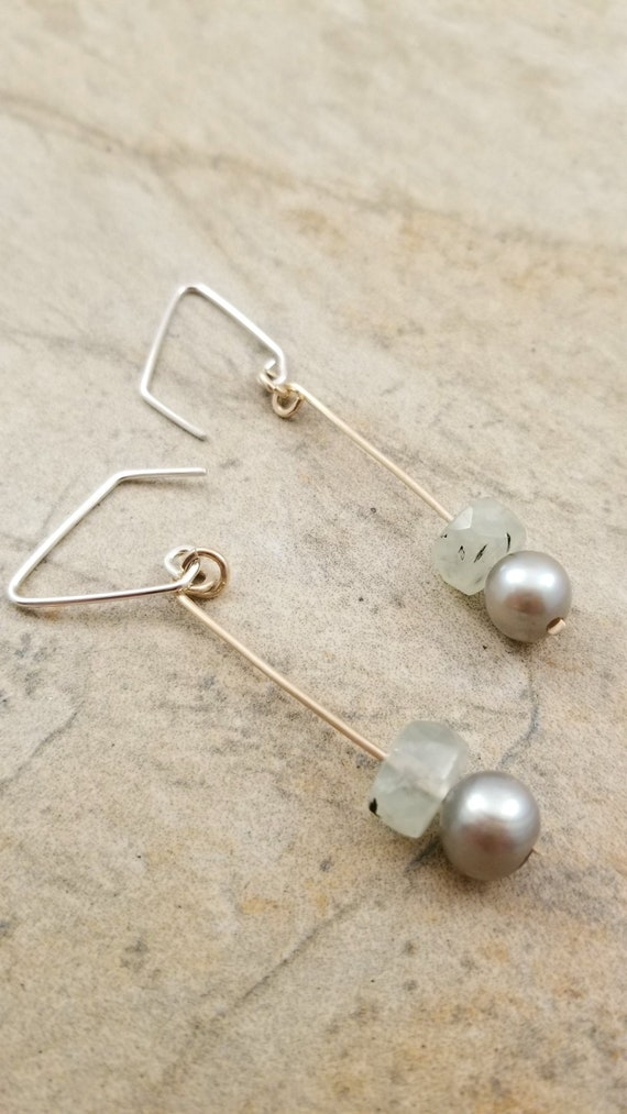 Gold Filled, Prehnite Long Earrings /  Genuine Freswater Pearl Long Earrings / 925 Sterling Silver Dangle Earrings
