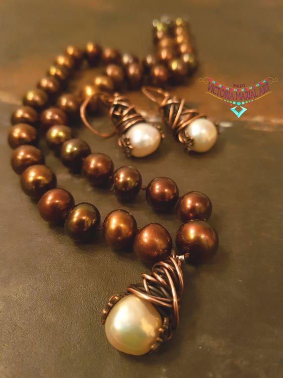 Uniquely, Lustrous, Rich Brown Pearls Necklace Set Pendant.