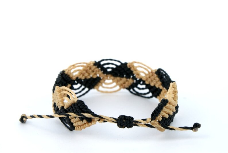 Macrame Bracelet Checkered