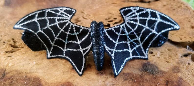 Halloween barrette bat skeleton key image 0